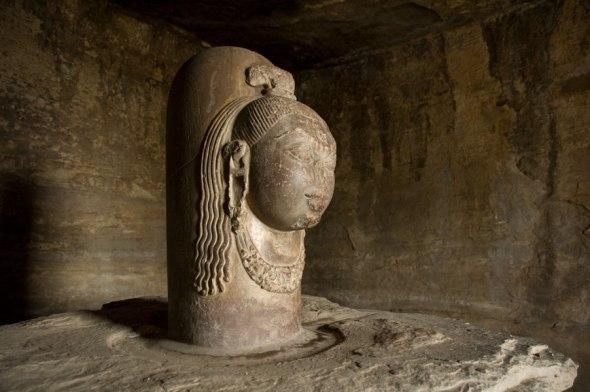 Cave 4: Shiva Linga